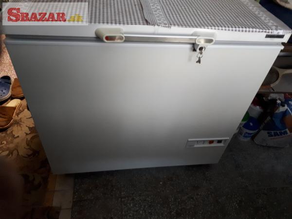 Mraziaci box 42l