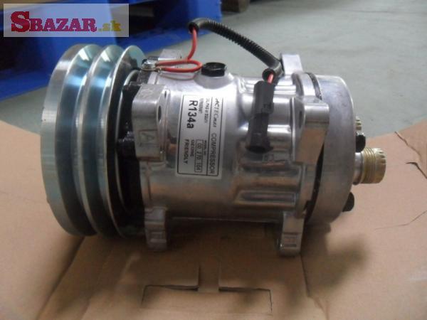 Kompresor klimatizácie JCB