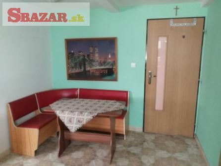 Ponúkame Vám na predaj 2 izbový byt v Trenčín