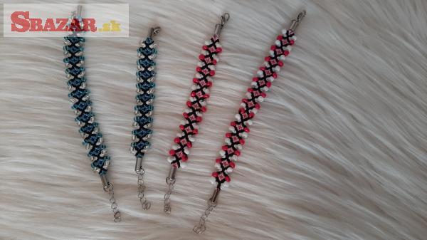 Pletené náramky a náhrdelníky