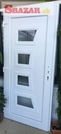 Predám nové plastové vchodové dvere MODERNA 2