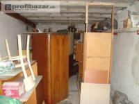Vypratávanie bytov, odvoz starého nábytku.