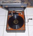 Tři starožitné gramofony na kliku, plně funkč 214375