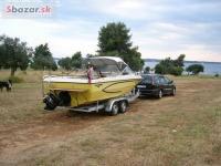 Motorový člun Glastron