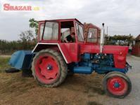 Traktor U650 254564