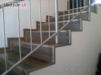 Montáž plávajúcej podlahy na schody a podestu